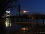 Hochwasser am 10.1.11 - Wasserspiegelung Postturm