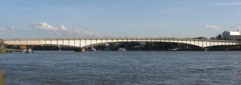 Bild - Kennedybrücke komplett