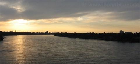 Bild - Sonnenuntergang Konrad-Adenauer-Brücke