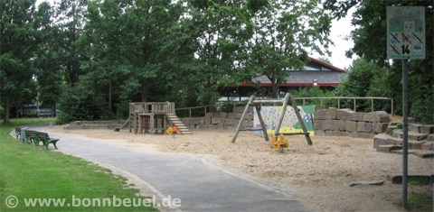 Spielplatz beim Blauen Affen