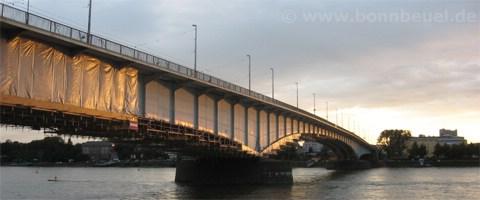 Bild - Sonnenuntergang Kennedybrücke Bonn Beuel