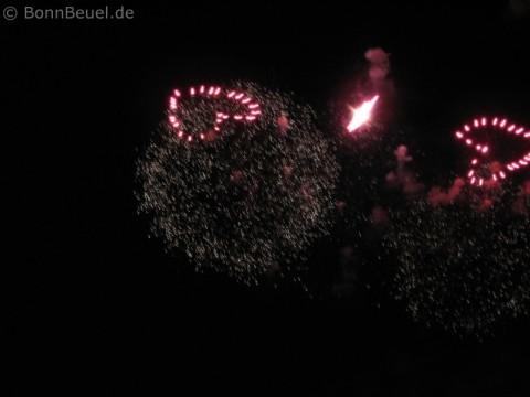 Rhein in Flammen Feuerwerk Herzen