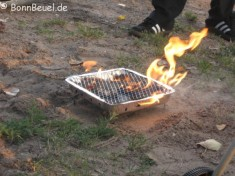 Grill in Feuer