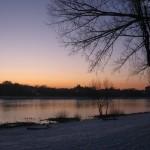 Beuel Blick übern Rhein am Abend