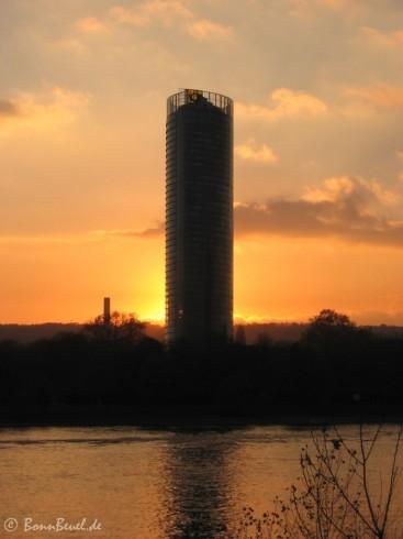 Projekt 52: Licht - Postturm Bonn 18.11.05