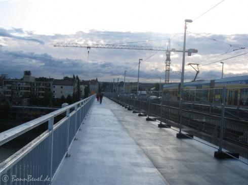 Kennedybrücke Fußweg Blickrichtung Beuel - September 09