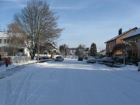 Kreuzherrenstraße nach Schneefall