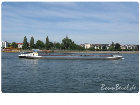 zwölf2011: Juli - Beueler Rheinufer