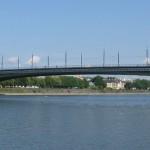Kennedybrücke im Juni 2011