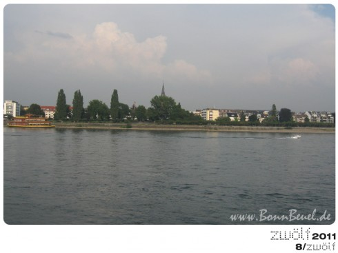 zwölf2011: August - Beueler Rheinufer