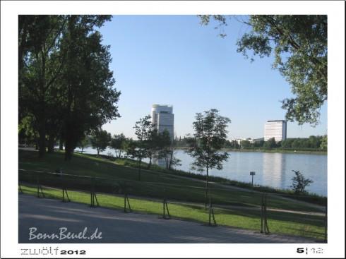 zwölf2012: Mai - Rheinufer in Beuel